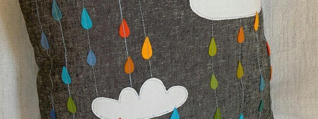 Inspiração – Almofada com tema de chuva feito com feltro