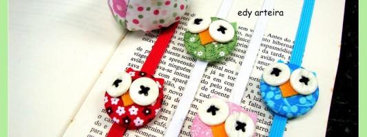 Inspiração – Marcador de livro de corujinha feito com botão forrado