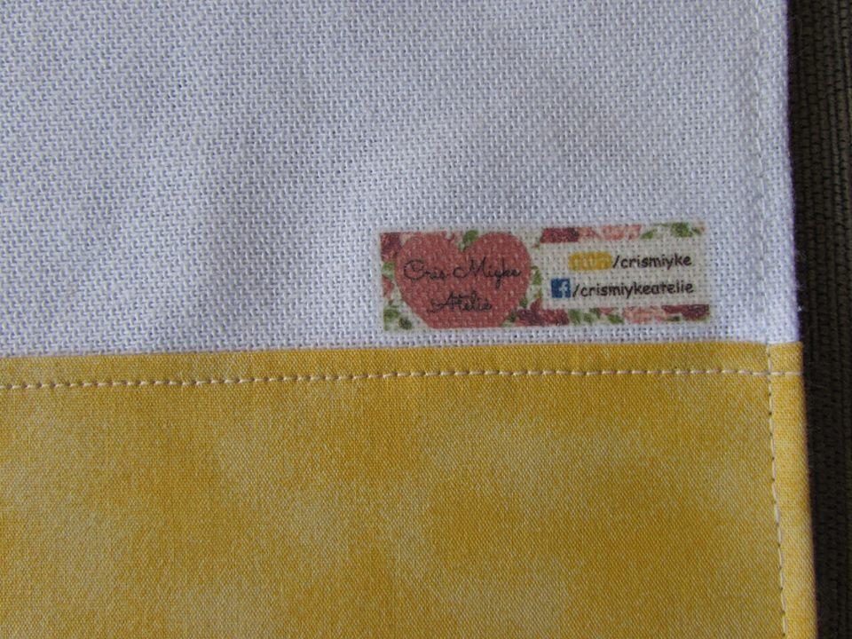 tecido amarelo