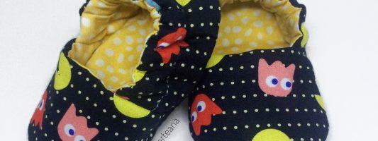 12ª Confraria da Costura: Sapatinho de bebê – por Ana Paula